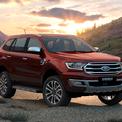 """<p class=""""Normal""""> <strong>Ford Everest</strong></p> <p class=""""Normal""""> Tương tự Mitsubishi Pajero Sport, một số đại lý đang giảm giá mạnh cho mẫu xe Ford Everest đời 2019 để xả hàng tồn. Trong đó, phiên bản Titanium 2.0L AT 4WD có mức giảm cao nhất đến 200 triệu đồng, giá thực tế còn 1,199 tỷ đồng. (Ảnh: <em>Ford</em>)</p>"""