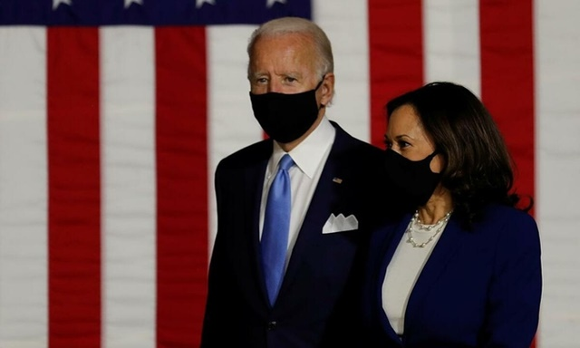 """Ứng viên tổng thống đảng Dân chủ Biden và """"phó tướng"""" Harris tại Wilmington, bang Delaware, Mỹ, hôm 12/8. Ảnh: Reuters."""