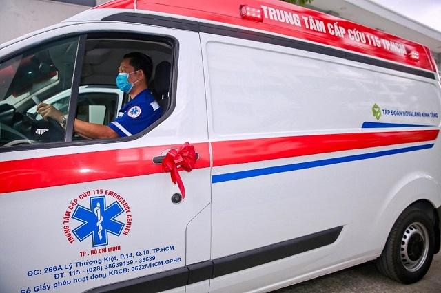 Novaland tặng 2 xe cứu thương trị giá 5 tỷ đồng chung sức chống dịch