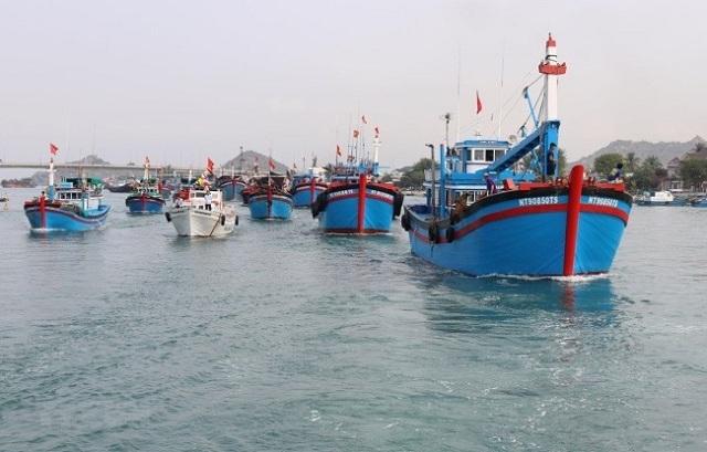 xuat-khau-thuy-san-s-01-5256-1597629344.