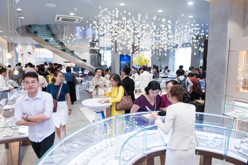 Nhóm Dragon Capital mua thêm 2,2 triệu cổ phiếu PNJ