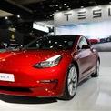 """<p class=""""Normal""""> <strong>1.<span> </span>Tesla Model 3: 29,3 ngày</strong></p> <p class=""""Normal""""> Giá trung bình: 44.072 USD</p> <p class=""""Normal""""> Theo Phong Ly, CEO iSeeCars, Tesla Model 3 đến tay người tiêu dùng từ năm 2018 nên mẫu xe này vẫn còn khá mới trên thị trường, số lượng xe cũ bán ra không nhiều. (Ảnh: <em>Bloomberg</em>)</p>"""