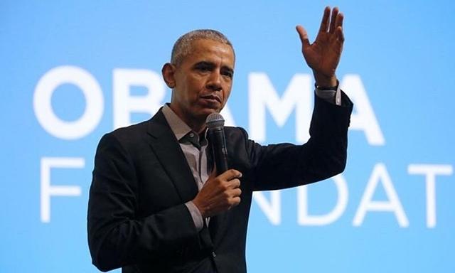 Cựu tổng thống Mỹ Barack Obama phát biểu tại một sự kiện ở Kuala Lumpur, Malaysia, tháng 12/2019. Ảnh: Reuters.