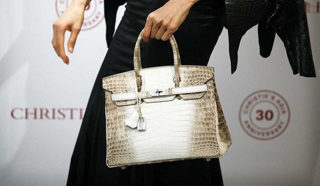 Hội phụ nữ giàu có Nhật Bản phải mua túi Hermès Birkin