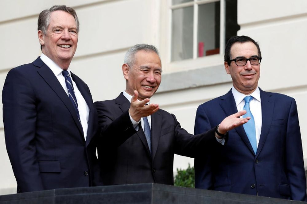 Mỹ, Trung Quốc bất ngờ điện đàm về thỏa thuận thương mại