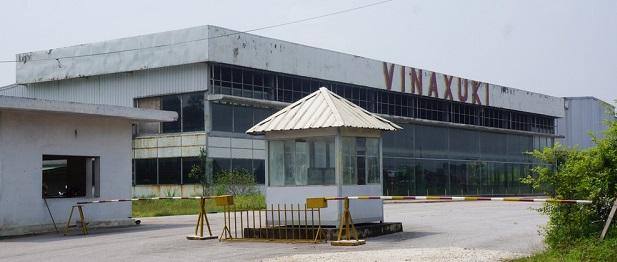 Một nhà máy bỏ hoang của Vinaxuki. Ảnh: Zing.