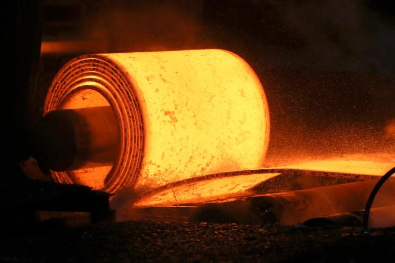 Tiếp tục tăng nhập quặng sắt để sản xuất thép, Trung Quốc liệu có tiêu thụ hết?