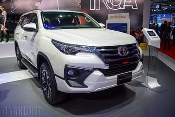 SUV 7 chỗ tại Việt Nam ngày càng ế, giảm giá cả trăm triệu đồng