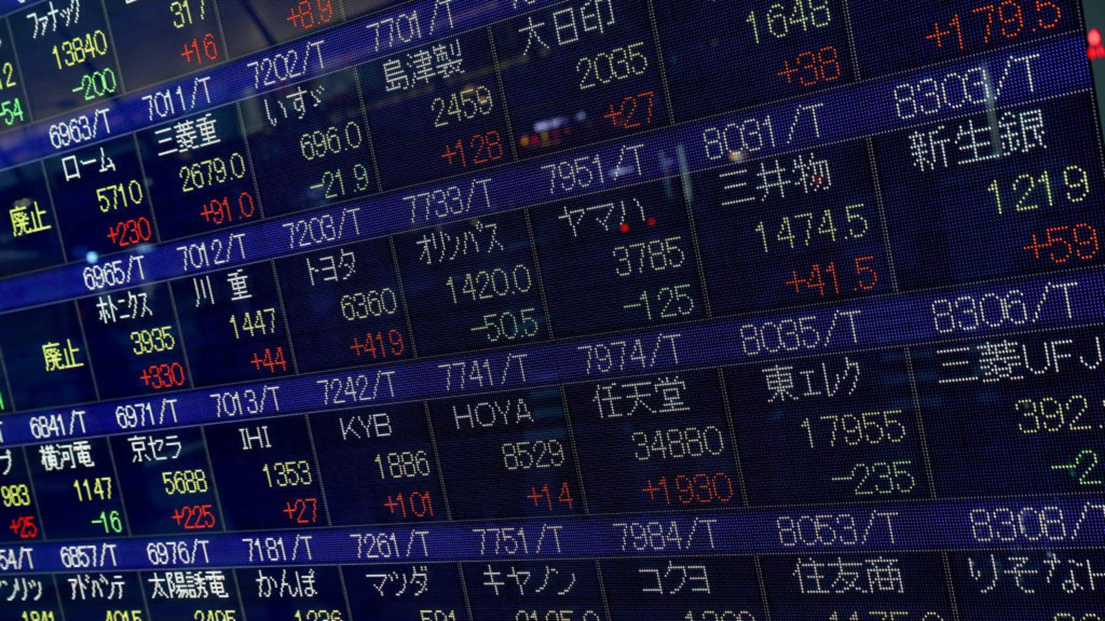 Số liệu kinh tế tích cực, chứng khoán châu Á trái chiều