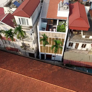 Ngôi nhà ở Hà Nội được thiết kế tinh tế 'phá' sức nóng từ hướng Tây