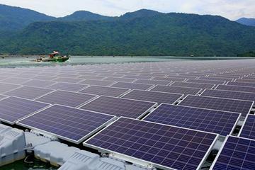 Đầu tư điện mặt trời: Lãi ngay hàng trăm tỷ mỗi năm mà chỉ mất vài tháng xây dựng