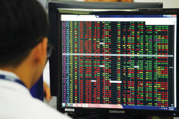 Khối ngoại giảm bán ròng trong tuần từ 31/8-4/9, mua thỏa thuận mạnh CTG và PLX