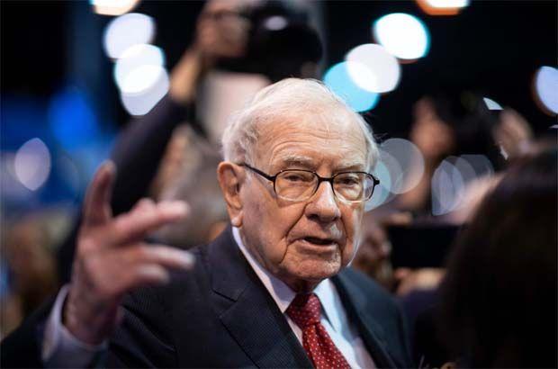 Buffett giảm đầu tư vào ngân hàng lớn thứ 4 Mỹ