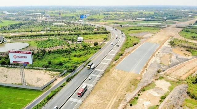 153 đơn vị mua hồ sơ thầu 3 dự án cao tốc Bắc - Nam