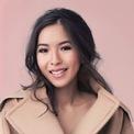 <p> Sabrina Joseph Tan được biết đến là nữ doanh nhân thành đạt tại Indonesia. Cô du học và tốt nghiệp ngành Quản trị Khách sạn tại Thụy Sĩ. Sau khi về nước, Sabrina bắt đầu kinh doanh thời trang.</p>