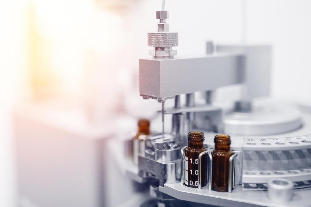 Cổ phiếu hãng dược Anh tăng mạnh nhờ nghiên cứu thuốc chống Covid-19 giá rẻ
