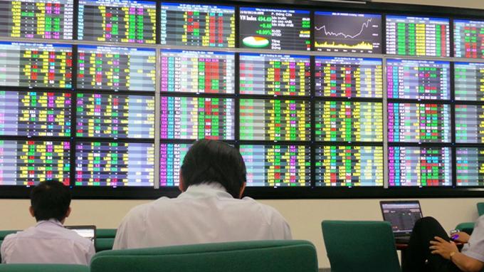 Cổ phiếu chứng khoán lại tăng mạnh, VN-Index kết phiên trong sắc xanh