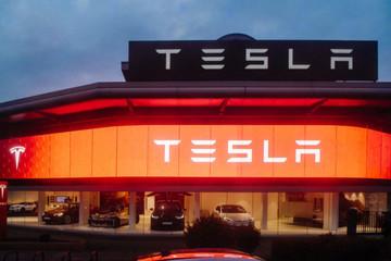 Ngày đen tối nhất lịch sử của Tesla