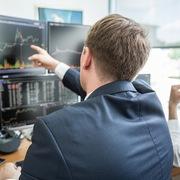 Khối ngoại mua ròng đột biến 4.768 tỷ đồng nhờ thỏa thuận VHM, vẫn bán mạnh HPG