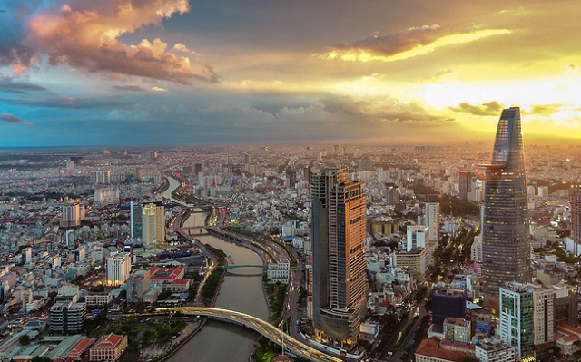 Việt Nam được dự báo tăng trưởng GDP tăng 2,3% vào năm nay và sẽ đạt 8% vào 2021.