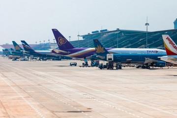 Cẩn trọng mở lại đường bay quốc tế