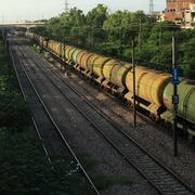 OPEC hạ dự báo lực cầu dầu, cảnh báo nguy cơ thị trường đi xuống gia tăng