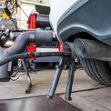 """<p class=""""Normal""""> <strong>Volkswagen gian lận khí thải</strong></p> <p class=""""Normal""""> Volkswagen từ một hãng xe phổ biến trở thành kẻ nói dối trong mắt người tiêu dùng. Trong cuộc điều tra của EPA, các nhà nghiên cứu đã phát hiện những mẫu xe của Volkswagen gây ô nhiễm đáng kể dù đã vượt qua các bài kiểm tra khí thải.</p> <p class=""""Normal""""> Sau khi kiểm tra kỹ hơn, EPA phát hiện những mẫu xe này được lắp phần mềm kiểm soát lượng khí thải từ động cơ diesel, sau đó thiết bị này ngừng hoạt động khiến động cơ tạo ra một lượng khí thải khủng khiếp. Vụ bê bối khiến Volkswagen thua lỗ 30 triệu USD, động cơ diesel của hãng xe này cũng phải trải qua các cuộc kiểm tra nghiêm ngặt hơn. (Ảnh: <em>AFP</em>)</p>"""