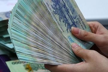 Tiền gửi ngân hàng tăng chậm lại
