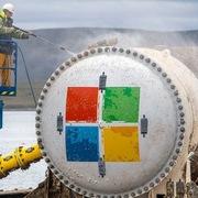 Microsoft vớt trung tâm dữ liệu sau hai năm 'ngâm' dưới biển