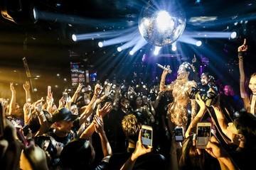 Hà Nội: Quán bar, karaoke, vũ trường được mở cửa trở lại từ 0h ngày 16/9