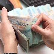 Ngân hàng ráo riết thu hồi nợ xấu: Ồ ạt bán, không dễ
