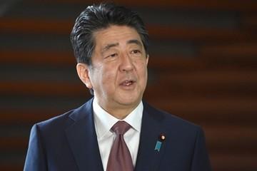 Thủ tướng Abe và nội các từ chức