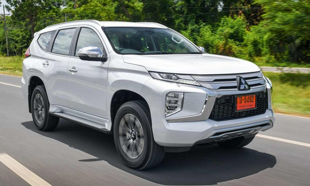 Mitsubishi Pajero Sport 2021 bỏ bản máy xăng tại Việt Nam