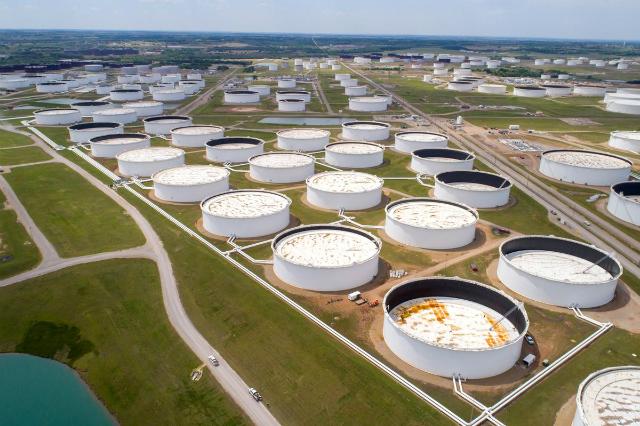 """Mục tiêu chính của OPEC là """"giảm tồn kho để tạo ra một thị trường lành mạnh"""". Ảnh: Reuters."""