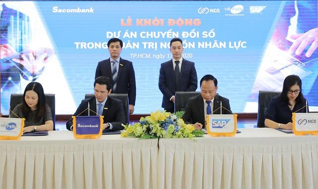 Buổi ký kết hợp tác của Sacombank. Ảnh: STB.