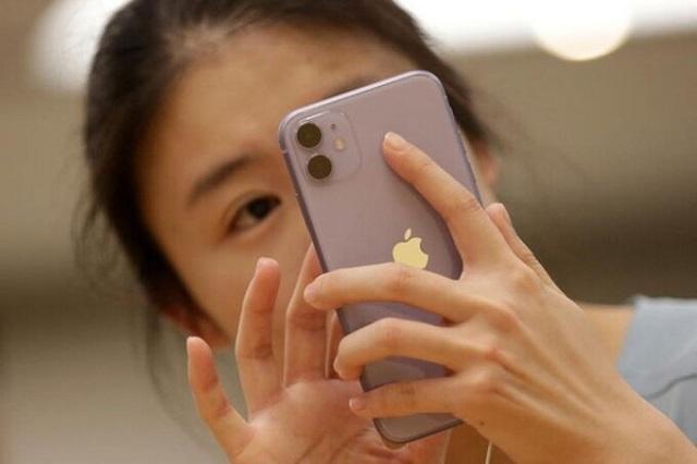 Công ty Trung Quốc gây tranh cãi vì đuổi việc người dùng iPhone