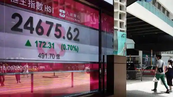 Chứng khoán châu Á đi lên, nhân dân tệ tăng giá so với USD