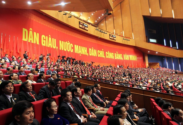 Công bố và lấy ý kiến góp ý người dân về dự thảo văn kiện Đại hội XIII