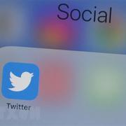 Twitter tăng cường bảo mật tài khoản của chính trị gia và phóng viên