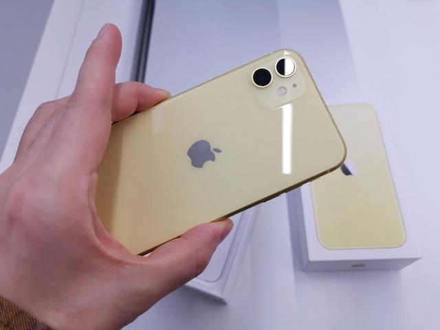 iPhone 11 chính hãng liên tục được giảm giá trong thời gian gần đây.