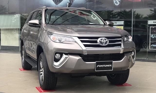 Toyota Fortuner đời 2019 giảm giá hơn 200 triệu đồng