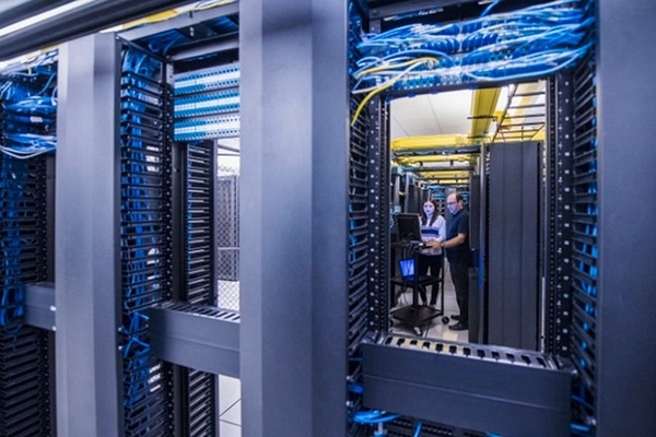 Mỹ cảnh báo lỗ hổng bảo mật trong các máy chủ Windows
