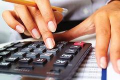 Việt Nam Equity đăng ký bán 51% vốn của Chứng khoán Đà Nẵng