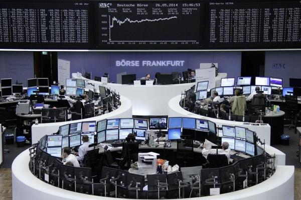 Các thị trường chứng khoán 'mắc kẹt' vì dịch Covid-19