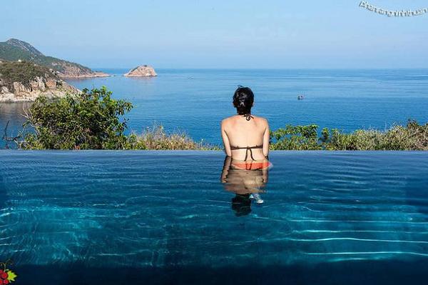Giá phòng vài chục tới trăm triệu một đêm, các resort sang bậc nhất Việt Nam lời lãi ra sao trước dịch Covid-19?