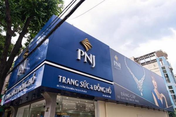 PNJ lãi tháng 8 giảm 12%, mục tiêu mở mới 31 cửa hàng