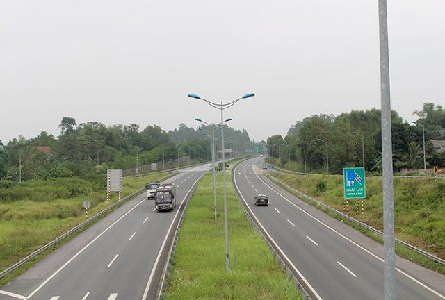 3 dự án cao tốc Bắc - Nam: Chuyển từ BOT sang đầu tư công, đồng loạt làm từ 30/9