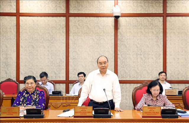 Ủy viên Bộ Chính trị, Thủ tướng Chính phủ Nguyễn Xuân Phúc phát biểu tại cuộc làm việc của Bộ Chính trị với Ban Thường vụ Thành ủy Đà Nẵng - Ảnh: TTXVN.