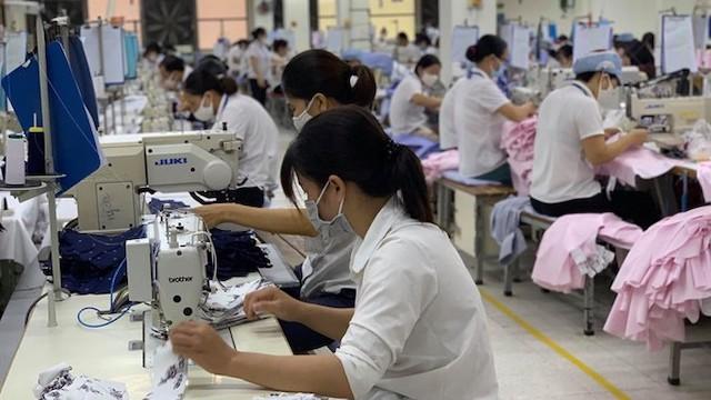 Hỗ trợ doanh nghiệp vay vốn trả lương cho người lao động đến hết năm 2020