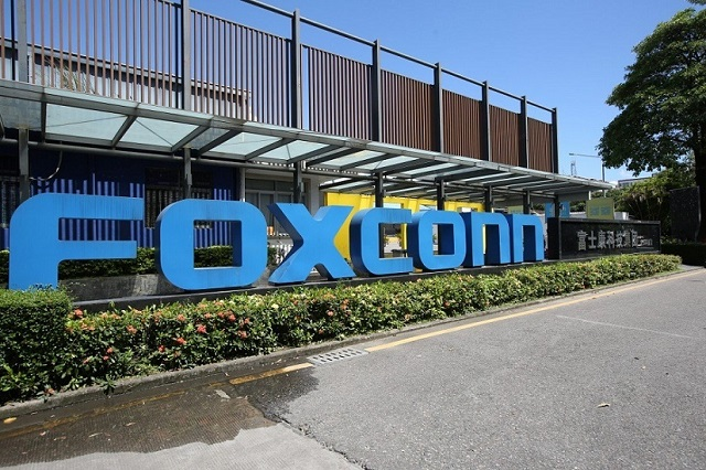 foxconn-cat-ngay-nghi-thuong-h-8645-2077